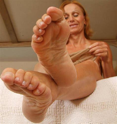 Milf soles mature Feet