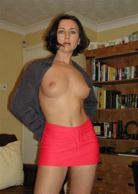 Milf hot skirt Sexy Milf In Red Mini Skirt 4 Pics Erooupscom Sexy Milf In