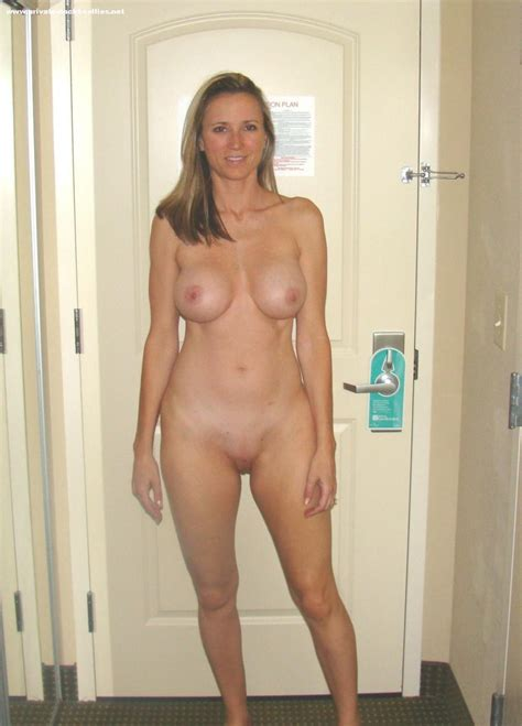 Milf selfie private nackt free