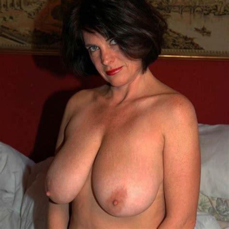 Big tits lesbian milf porn